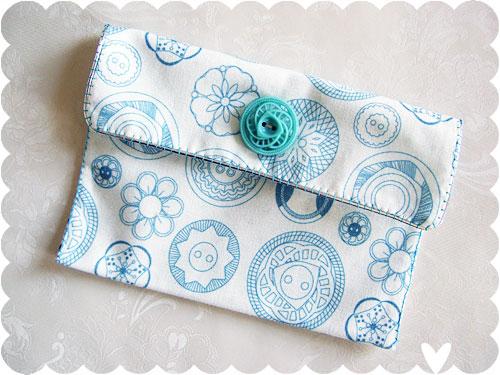 buttons purse