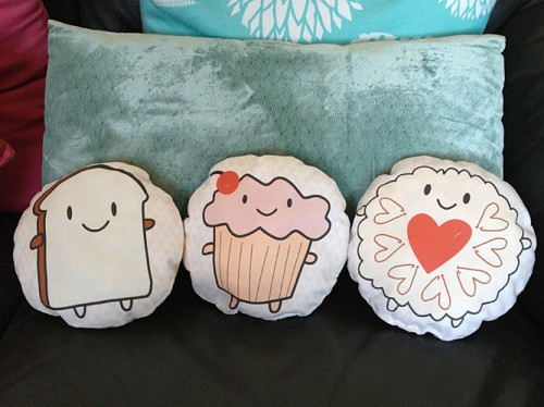 cakeify and friends mini pillows