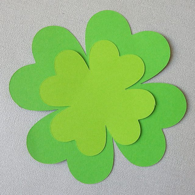 lucky clover paper cut tutorial copyright marceline smith