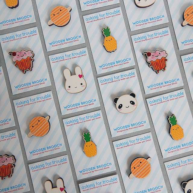 kawaii wooden brooches - askingfortrouble