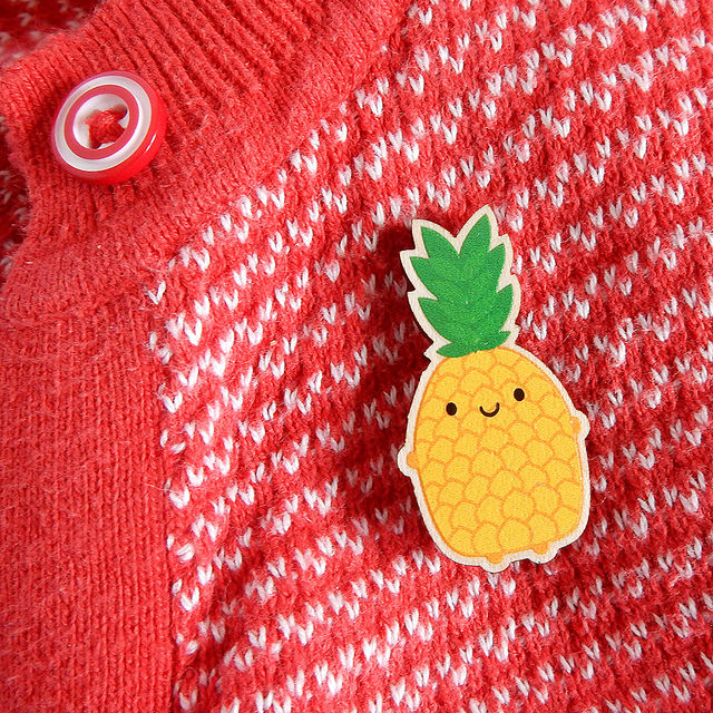 kawaii pineapple brooch - askingfortrouble