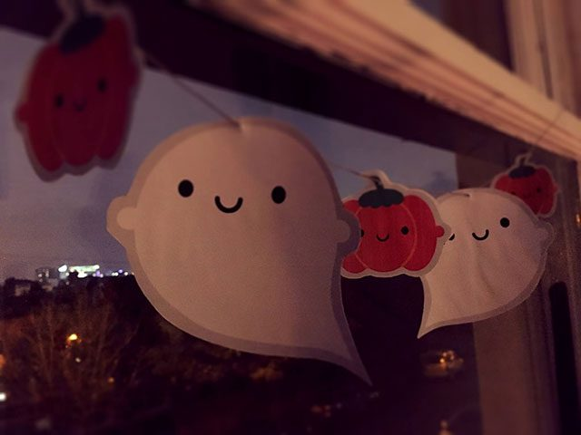 little ghost halloween garland
