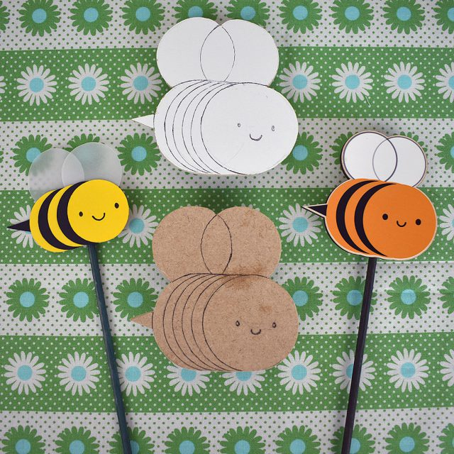 kawaii wooden bumblebee garden decorations