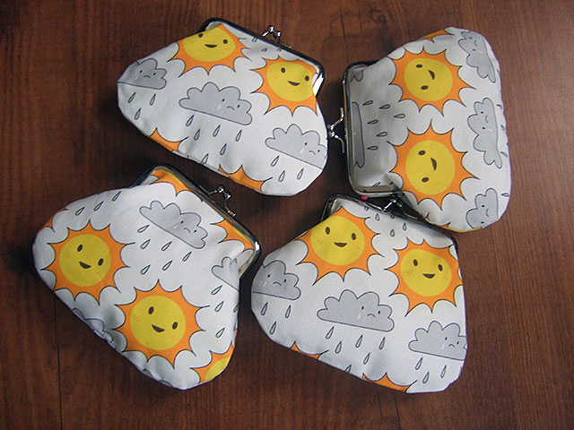 fabric clasp purses
