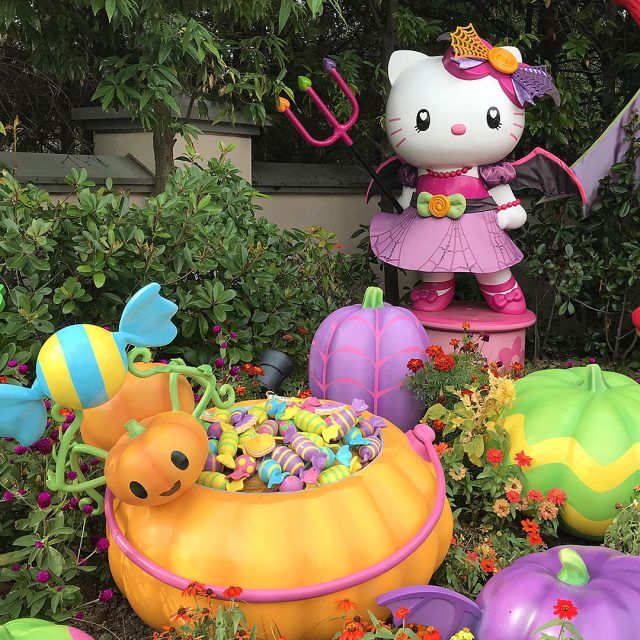 Hello Kitty Halloween USJ
