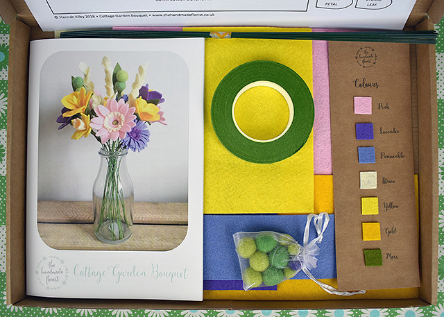 DIY felt flowers kit