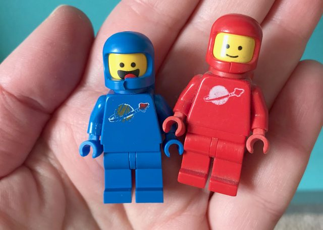 lego astronauts