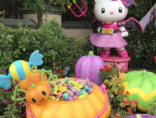 Hello Kitty Halloween USJ